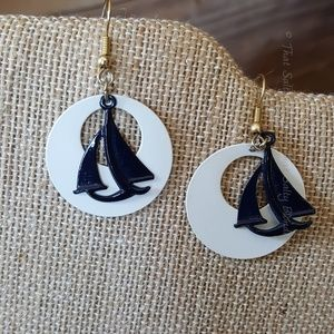 Vintage enamel earrings 80s style sail boats